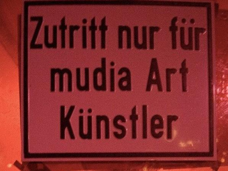 In der Nachtresidenz: Mudia Art Luxury Tour