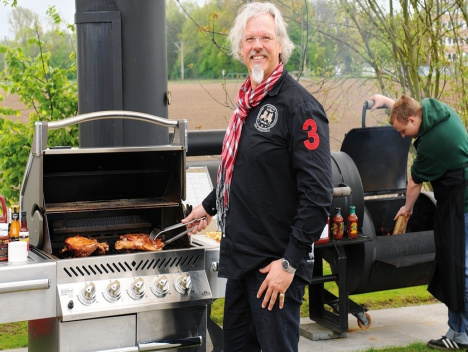 "Konzept Smoker: Gourmetpapst Ralf Bos über ""Sophisticated Cooking"""