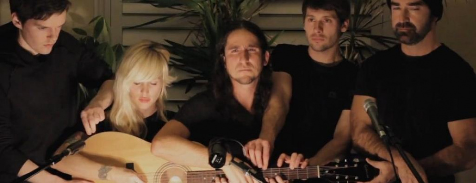 """Walk Off The Earth bei YouTube: Großklassiges Cover von """"Somebody that I used to know"""""""