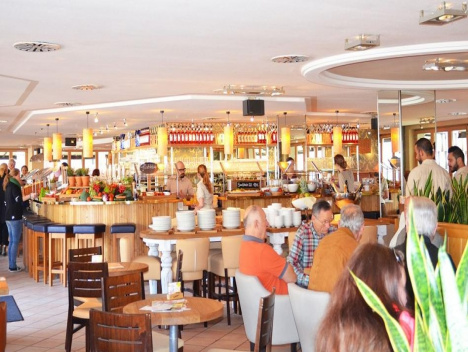 "Achenbach-Restaurants: Kette ""Alex"" zieht in Monkey's-Restaurants"