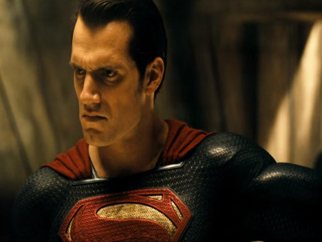 "Der zweite Trailer enthüllt Wonder Woman und Doomsday: ""Batman v Superman: Dawn of Justice"""