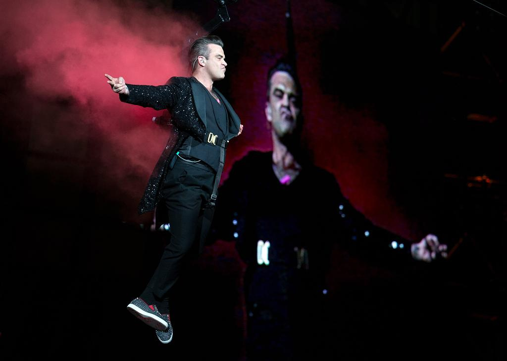"Robbie Williams: ""Let me entertain you!"""