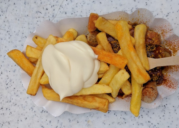 currywurst pommes mayo Böckels beste quer (image/jpeg)