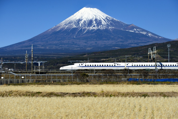 Japan Bullet Train Fuji Shutterstock (image/jpeg)